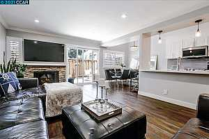 More Details about MLS # 40955629 : 625 HARTLEY DR