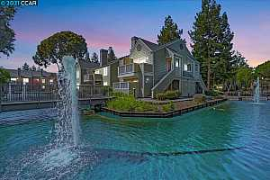MLS # 40955676 : 285 REFLECTIONS DR #18