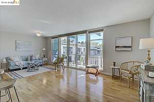 More Details about MLS # 40956349 : 811 YORK ST #334