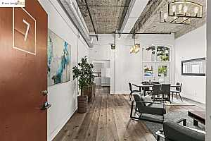 More Details about MLS # 40956509 : 3240 PERALTA ST #7