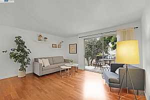 More Details about MLS # 40957704 : 645 CHETWOOD ST #108