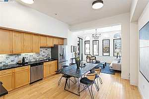 More Details about MLS # 40959291 : 1755 BROADWAY #52