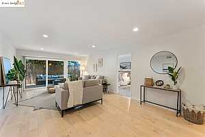 More Details about MLS # 40960601 : 5290 BROADWAY TER #102