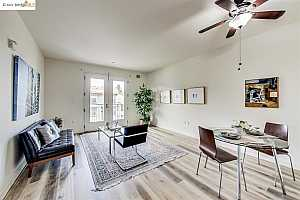 More Details about MLS # 40960694 : 585 9TH STREET #333