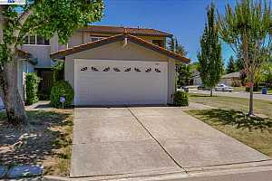 More Details about MLS # 40961146 : 601 GUAYMAS CT