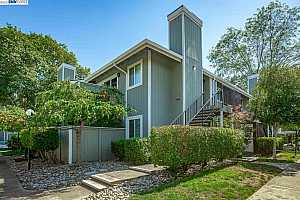 More Details about MLS # 40962119 : 203 COMPTON CIRCLE #A