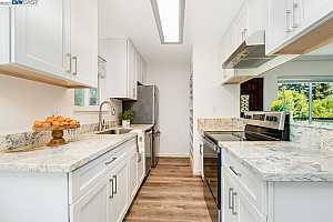 More Details about MLS # 40962356 : 8006 E ARROYO #4