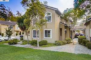 More Details about MLS # 40963886 : 34600 FALLS TER