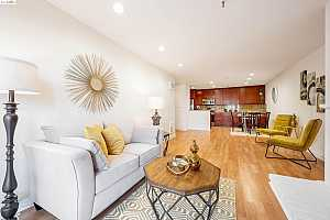 More Details about MLS # 40965029 : 1830 LAKESHORE AVE #103