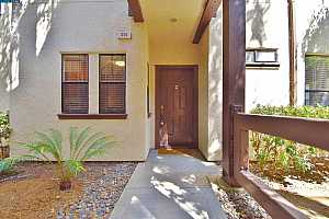 More Details about MLS # 40965386 : 310 N VILLA WAY