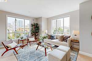 More Details about MLS # 40966109 : 585 9TH ST #409