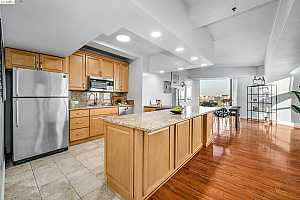 More Details about MLS # 40966128 : 6363 CHRISTIE #1026