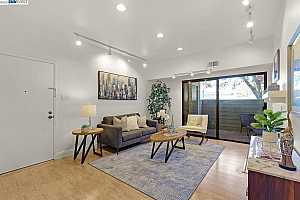 More Details about MLS # 40966527 : 3501 BIRCHWOOD TER #112