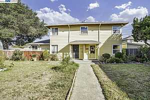 More Details about MLS # 40969335 : 1802 SECOND STREET #C