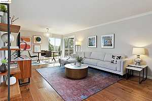 More Details about MLS # 40970137 : 6558 LUCAS AVE #302