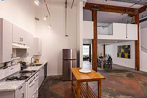 More Details about MLS # 40970243 : 373 4TH ST #1C
