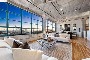 More Details about MLS # 40970279 : 737 2ND STREET #406