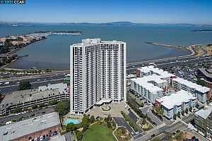 More Details about MLS # 40971333 : 6363 CHRISTIE AVE #1026