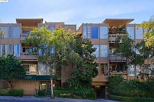More Details about MLS # 40971359 : 5343 BROADWAY TERRACE #304