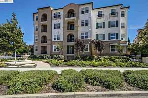 More Details about MLS # 52298380 : 3360 MAGUIRE WAY #314