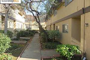 EAST OAKLAND Condos for Sale