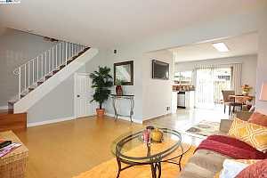Browse active condo listings in PARKMONT GARDENS