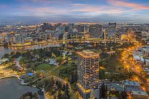 Browse active condo listings in PARK BELLEVUE TOWER