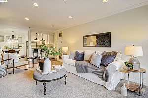 Browse active condo listings in ADAMS POINT