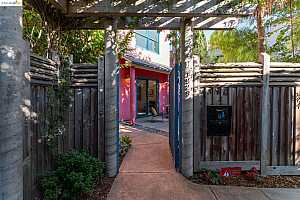 Browse active condo listings in OCEAN VIEW LOFTS
