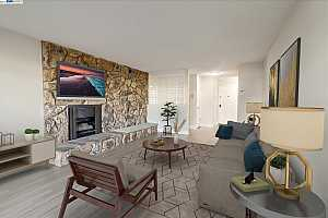Browse active condo listings in NUGENT SQUARE